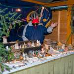 Krippenfiguren am Adventmarkt Wagrain